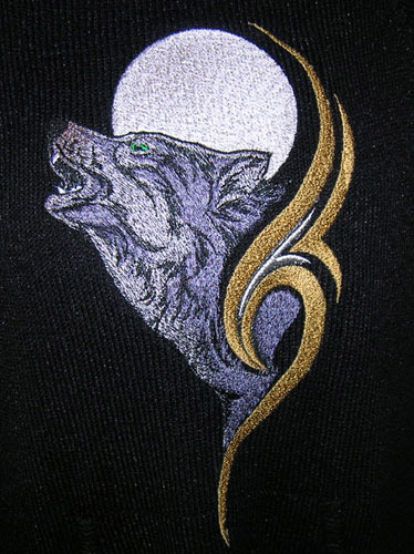 Wolf And Moon Embroidery Design  4 Sizes Amp 6 Formats